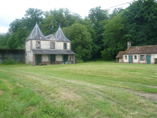 HARAS-TROTTEURS-19-HECTARES-A-VENDRE-0
