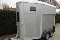 Van-ifor-williams-hb-506-2-chevaux