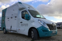 Camion-transport-chevaux-l3