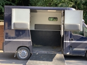 Camion-2-chevaux-renault-master-2-theault