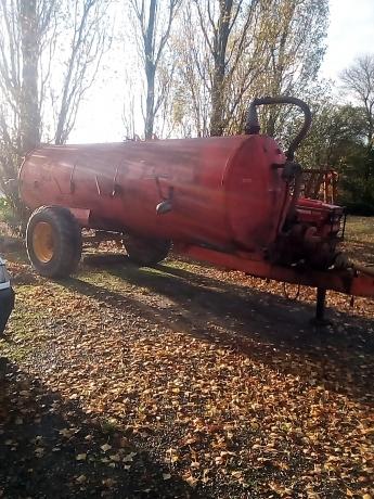 AV-tonne-a-eau-tracteur-remorque