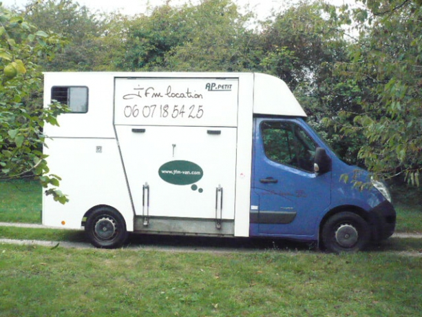 camion-chevaux-master-150-dci-201000km