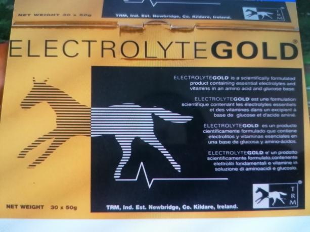 Electrolyte-Gold-en-poudre