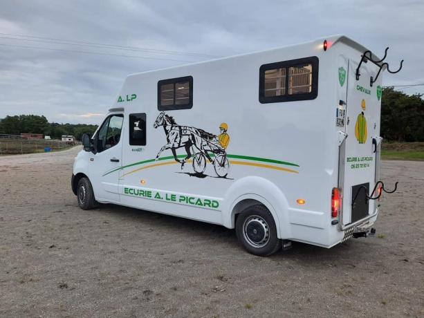 Transport-de-chevaux