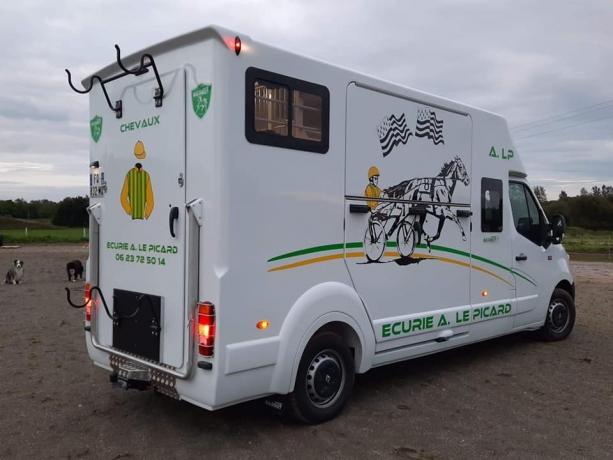 Transport-de-chevaux-1